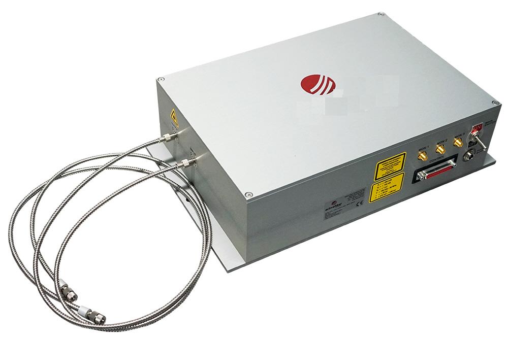 300W飞秒光纤二级放大器